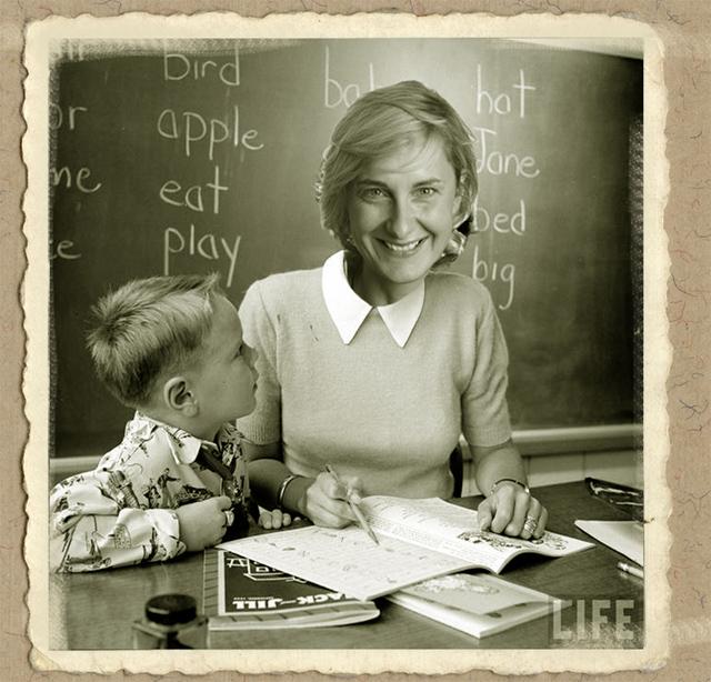 thumbnail-Minister van Onderwijs klaar voor het nieuwe schooljaar
