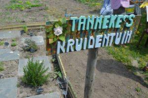 thumbnail-Opening Tannekes bloemen- en dierenweide